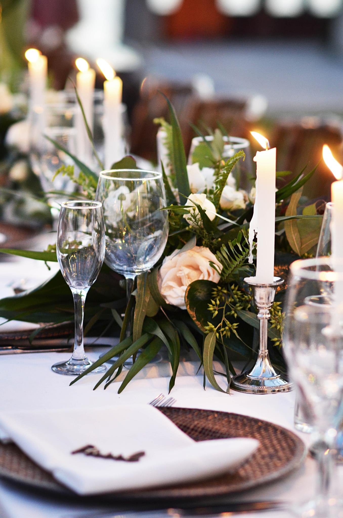 natural decor table settings classy yet subtle Nayarit Mexico wedding featured Inside Weddings Magazine